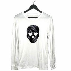White long sleeve tee shirt w sequins skull head
